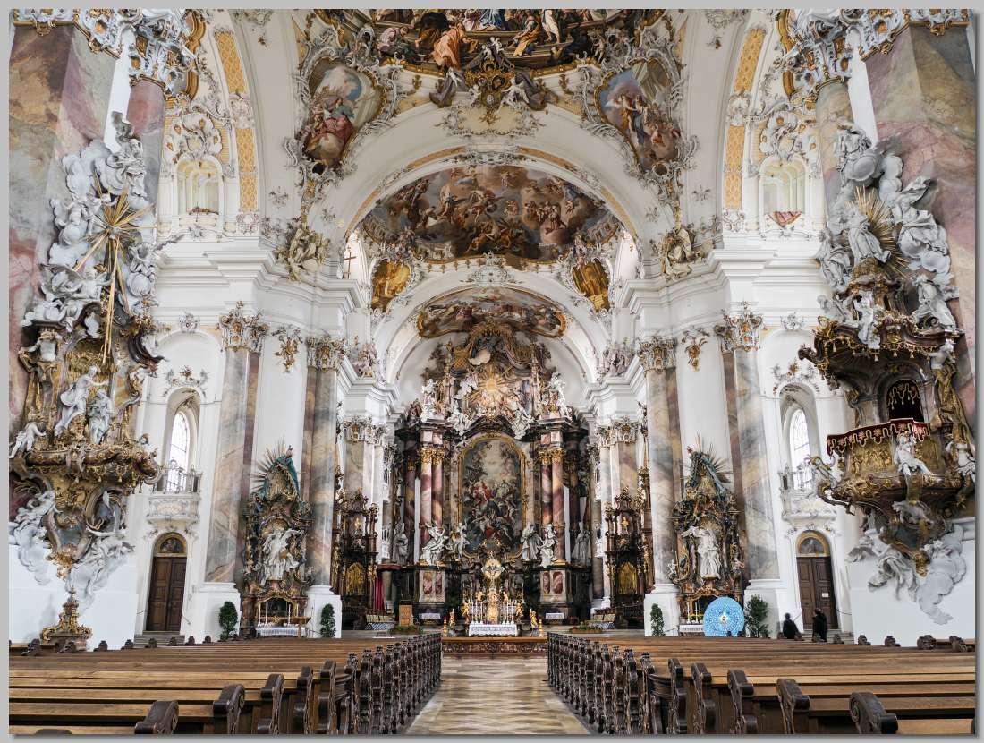 De indrukwekkende barokke basiliek van ottobeuren in zuid for Interieur bouwer