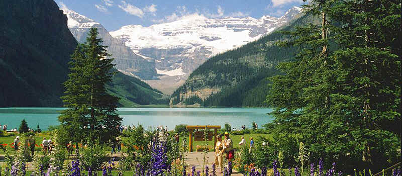 the well known Lake Louise in the Banff National Park in the Canadian Rocky Mountains.